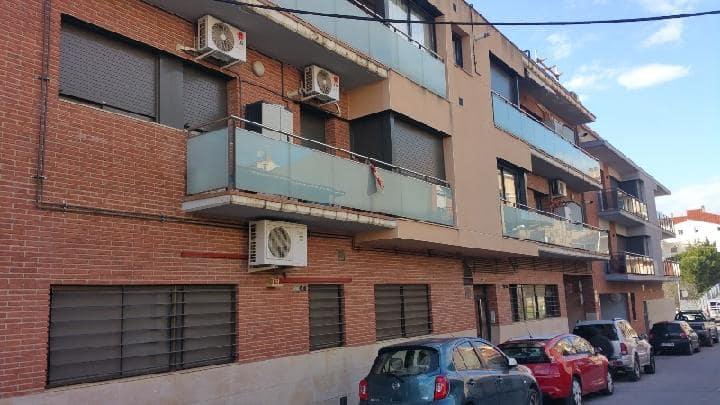 Piso en venta en Sant Vicenç de Castellet, Barcelona, Calle Cristobal Colon, 78.750 €, 2 habitaciones, 71 m2
