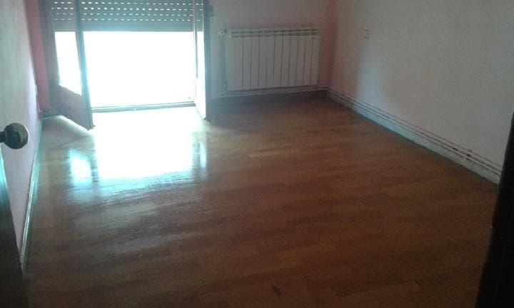 Piso en venta en Piso en Lleida, Lleida, 70.175 €, 3 habitaciones, 1 baño, 108 m2