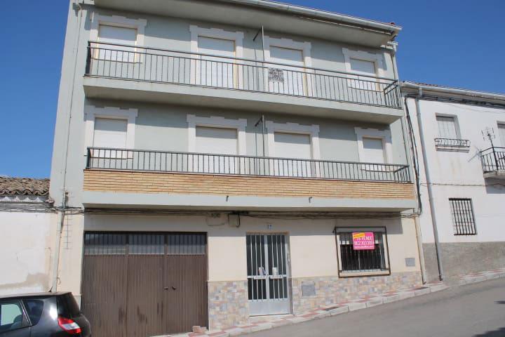 Piso en venta en Santo Tomé, Jaén, Calle Montoro, 57.216 €, 3 habitaciones, 1 baño, 133 m2