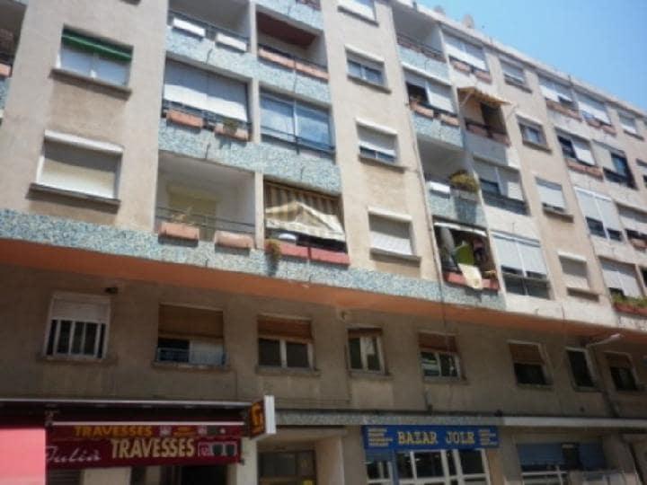 Piso en venta en Sant Joan, Reus, Tarragona, Calle Muralla, 48.800 €, 3 habitaciones, 1 baño, 68 m2