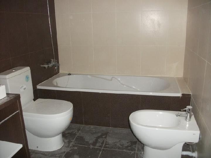 Piso en venta en Rascanya, Valencia, Valencia, Calle Arquitecto Rodriguez, 196.000 €, 3 habitaciones, 2 baños, 138 m2