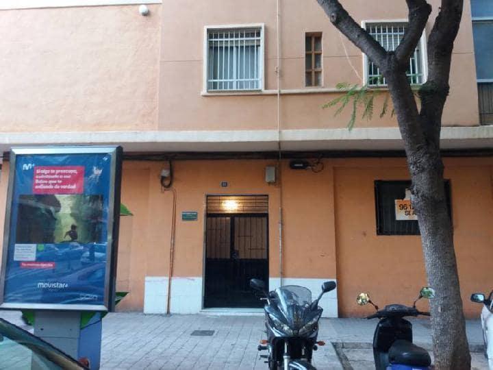 Piso en venta en Torrent, Valencia, Calle Padre Mendez, 51.900 €, 1 baño, 73 m2
