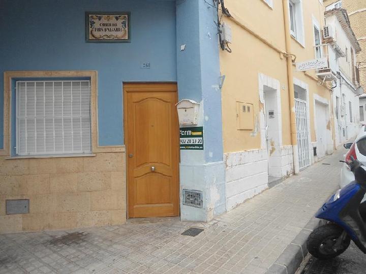 Piso en venta en Dénia, Alicante, Calle Forn D`algarra, 87.000 €, 3 habitaciones, 1 baño, 95 m2