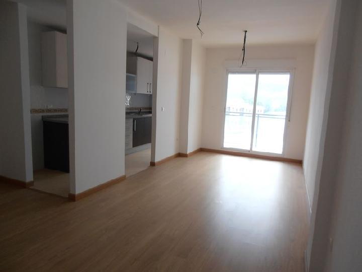 Piso en venta en Piso en Castalla, Alicante, 63.000 €, 3 habitaciones, 2 baños, 88 m2