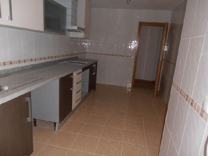 Piso en venta en Castalla, Alicante, Calle Federico García Lorca, 76.000 €, 3 habitaciones, 2 baños, 124 m2