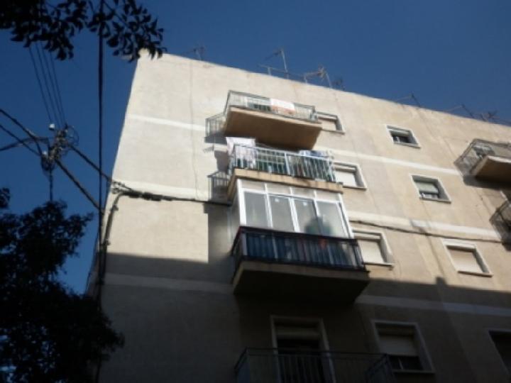 Piso en venta en Bonavista, Tarragona, Tarragona, Calle Veintiuno, 27.706 €, 3 habitaciones, 1 baño, 57 m2