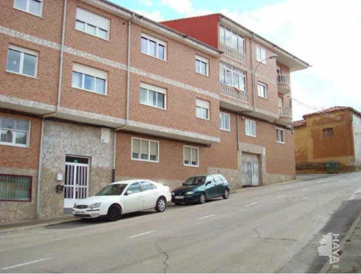 Piso en venta en Villasinta de Torío, Villaquilambre, León, Calle Tras la Casas, 73.500 €, 3 habitaciones, 2 baños, 140 m2