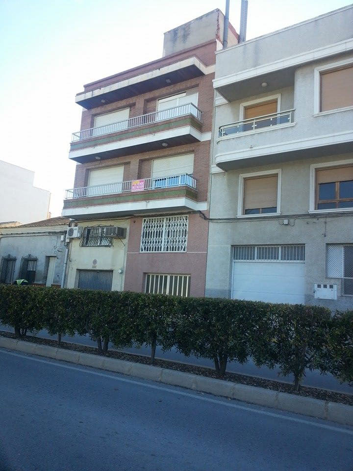 Piso en venta en Bigastro, Alicante, Calle Aureliano Diaz, 72.115 €, 3 habitaciones, 2 baños, 178 m2