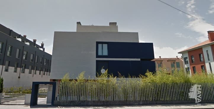 Piso en venta en Pancar, Llanes, Asturias, Calle Xabucu, 153.000 €, 2 habitaciones, 1 baño, 140 m2