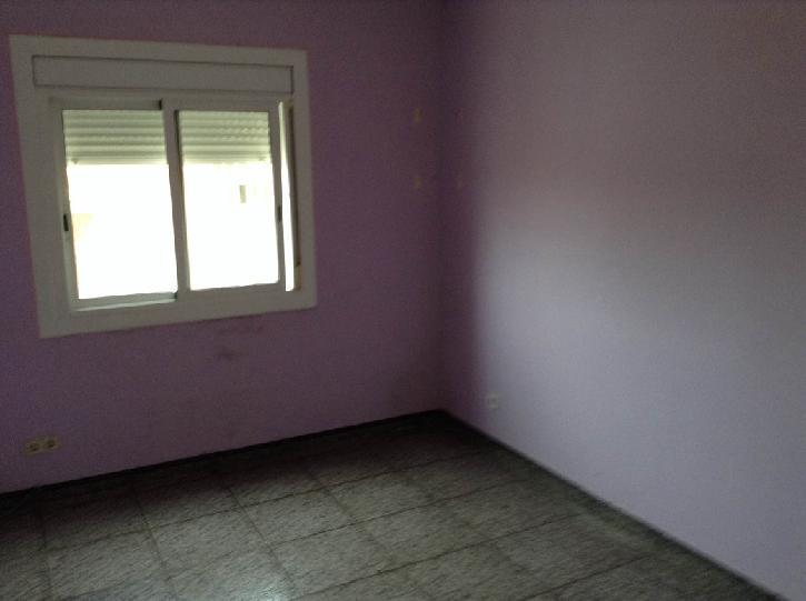 Piso en venta en Sant Andreu de la Barca, Barcelona, Calle Montseny, 82.870 €, 3 habitaciones, 1 baño, 75 m2