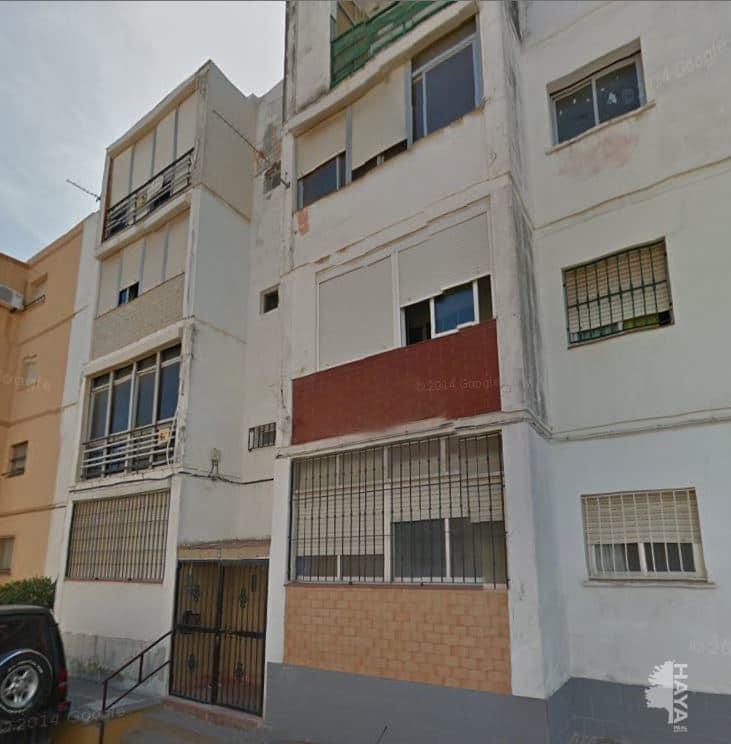 Piso en venta en Algeciras, Cádiz, Calle Sánchez Mejías, 41.500 €, 3 habitaciones, 1 baño, 80 m2