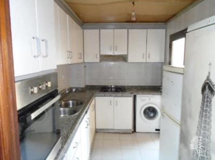 Piso en venta en Sabadell, Barcelona, Calle Ramon Muntaner, 52.218 €, 2 habitaciones, 1 baño, 77 m2