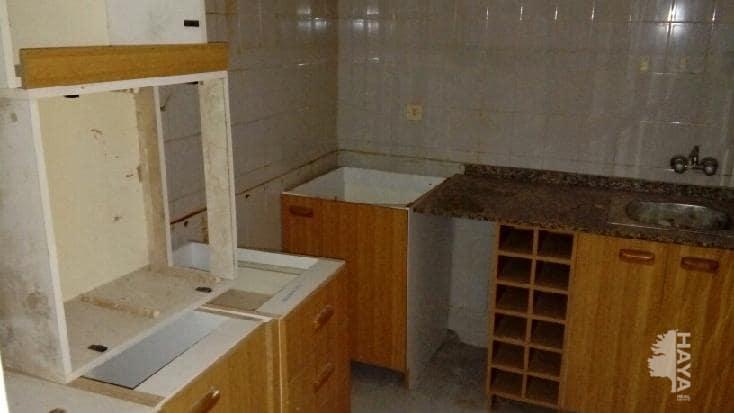 Piso en venta en Piso en Crevillent, Alicante, 33.200 €, 3 habitaciones, 2 baños, 88 m2