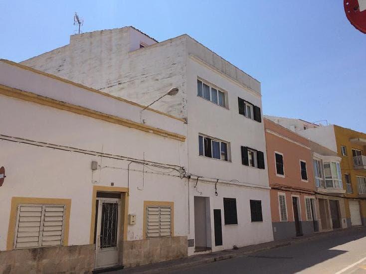 Piso en venta en Ciutadella de Menorca, Baleares, Camino Tres Alquerias, 60.610 €, 3 habitaciones, 2 baños, 91 m2