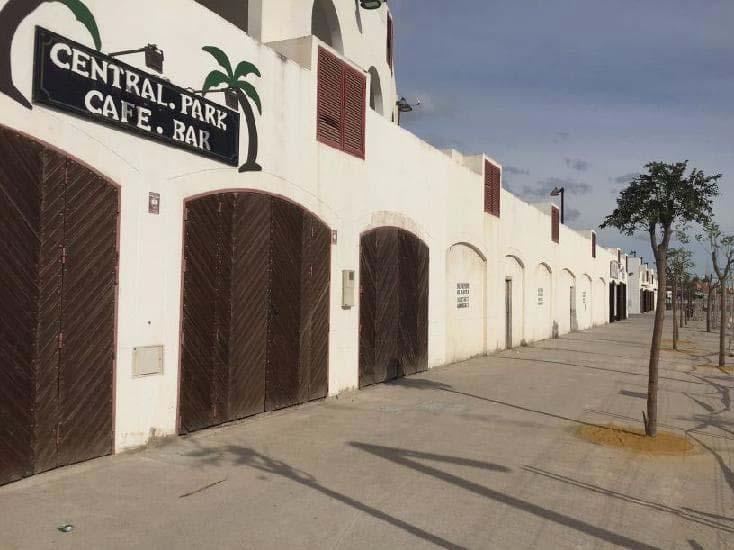 Local en venta en Los Depósitos, Roquetas de Mar, Almería, Calle Albero - Centro Ludico Plaza de Toros, 416.500 €, 1394 m2