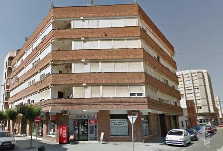 Piso en venta en Mas de Miralles, Amposta, Tarragona, Calle Tenerife, 54.000 €, 1 baño, 96 m2