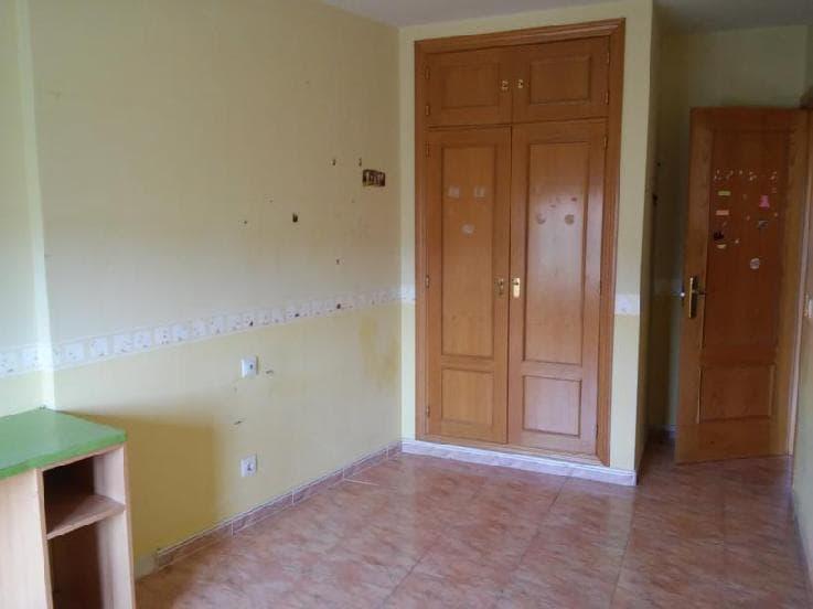 Casa en venta en Segovia, Segovia, Calle San Antonio, 146.981 €, 3 habitaciones, 1 baño, 206 m2