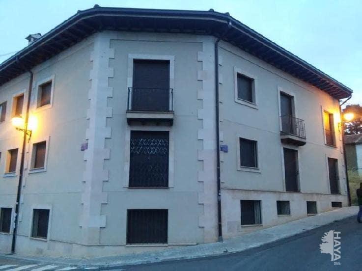Piso en venta en Riaza, Segovia, Calle Val Bajo, 137.000 €, 2 habitaciones, 1 baño, 115 m2