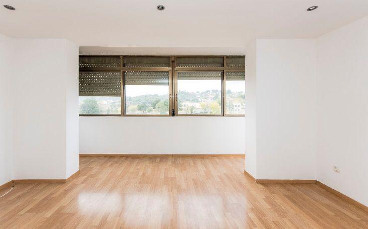 Piso en venta en Can Gili / Finsobe, Granollers, Barcelona, Calle Mas Estaper, 132.000 €, 3 habitaciones, 1 baño, 96 m2