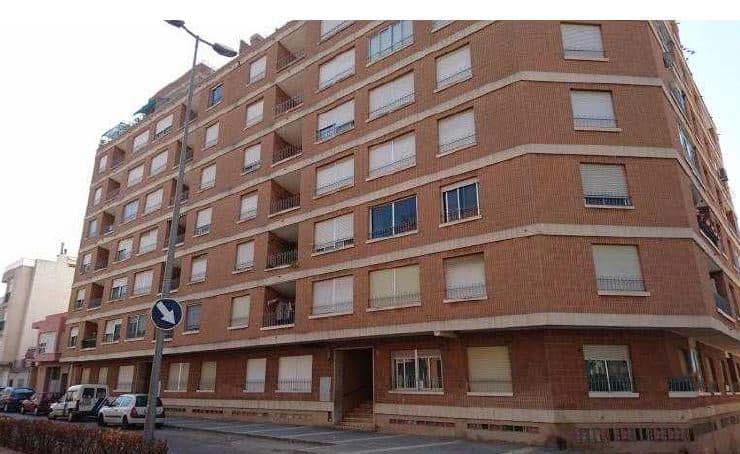 Piso en venta en Torrenostra, Torreblanca, Castellón, Calle San Antonio, 93.100 €, 4 habitaciones, 2 baños, 131 m2