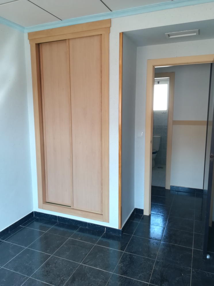 Piso en venta en Piso en Crevillent, Alicante, 87.000 €, 3 habitaciones, 2 baños, 103 m2