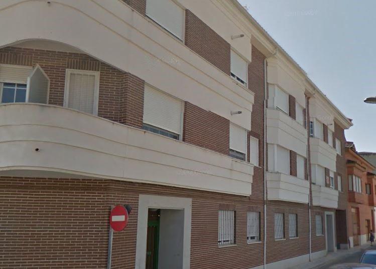 Piso en venta en Tarancón, Cuenca, Calle Jeronimo Bujeda, 65.000 €, 2 habitaciones, 2 baños, 98 m2