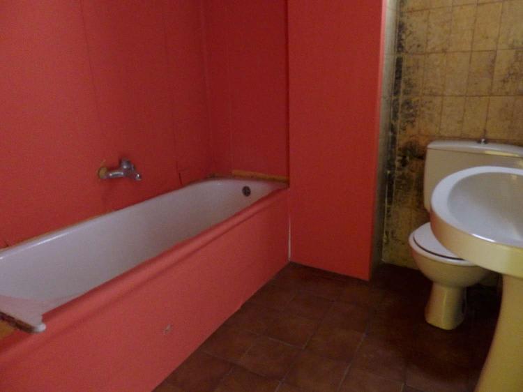 Piso en venta en Rascanya, Valencia, Valencia, Calle Alcañiz, 56.810 €, 3 habitaciones, 1 baño, 79 m2
