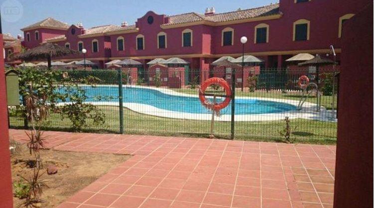 Casa en venta en Bockum, Lepe, Huelva, Avenida del Deporte, 132.600 €, 2 habitaciones, 2 baños, 80 m2