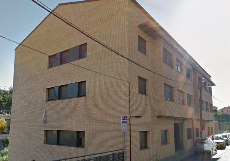 Piso en venta en Cal Fàbregues, Gironella, Barcelona, Calle Farguell, 83.100 €, 3 habitaciones, 2 baños, 82 m2