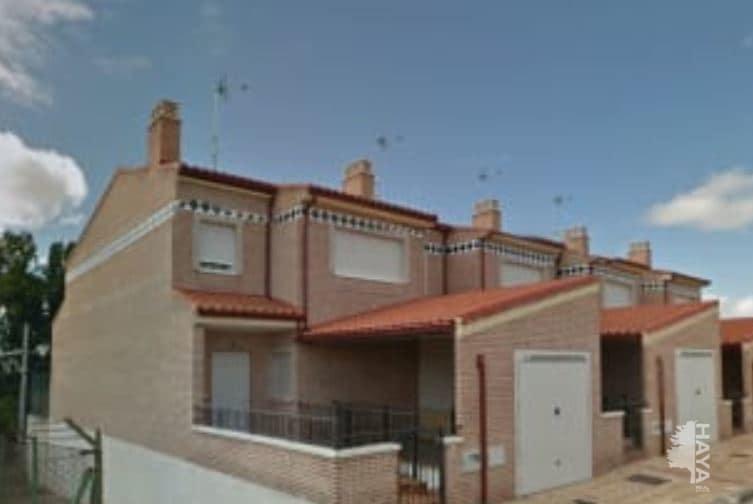 Casa en venta en Magaz de Pisuerga, Palencia, Calle Barrio de San Pedro, 129.000 €, 4 habitaciones, 2 baños, 195 m2