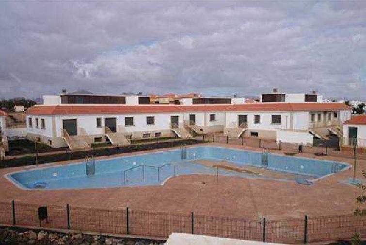 Casa en venta en Nuevo Horizonte, Antigua, Las Palmas, Calle Tte. Coronel Jose Zerpa Guevara, 130.000 €, 150 m2