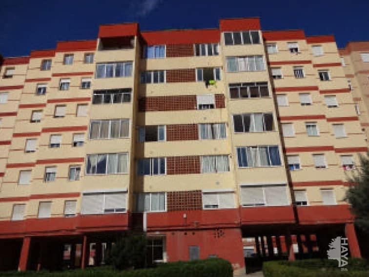 Piso en venta en Tarragona, Tarragona, Calle Riu Llobregat, 46.000 €, 3 habitaciones, 1 baño, 98 m2