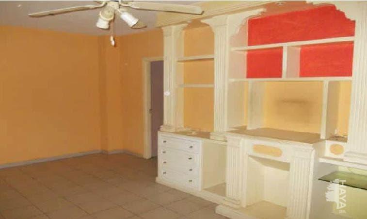 Piso en venta en Piso en Cáceres, Cáceres, 30.000 €, 2 habitaciones, 1 baño, 73 m2