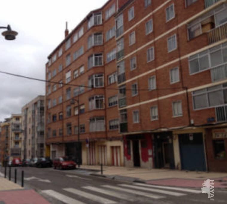 Piso en venta en San Pedro Y San Felices, Burgos, Burgos, Calle Fray Esteban de la Villa, 54.900 €, 3 habitaciones, 1 baño, 74 m2