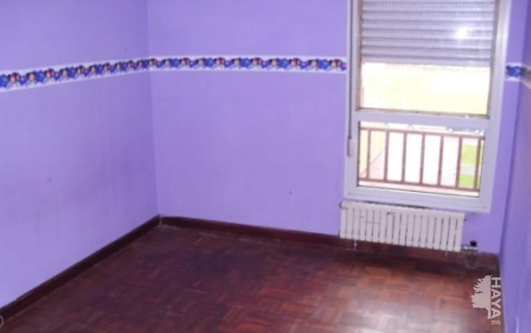 Piso en venta en Santander, Cantabria, Calle San Martin del Pino, 110.700 €, 2 habitaciones, 1 baño, 82 m2
