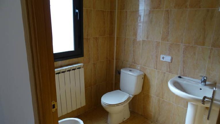 Casa en venta en Cirueña, La Rioja, Calle Malmorache, 140.000 €, 3 habitaciones, 3 baños, 251 m2