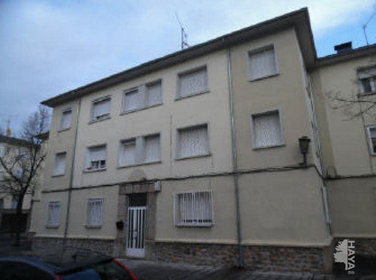 Piso en venta en Flores del Sil, Ponferrada, León, Calle Antracita, 25.600 €, 2 habitaciones, 1 baño, 55 m2