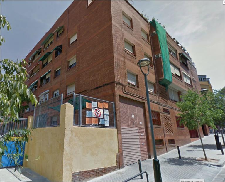 Piso en venta en Santa Coloma de Gramenet, Barcelona, Calle Monturiol, 132.069 €, 1 habitación, 1 baño, 92 m2