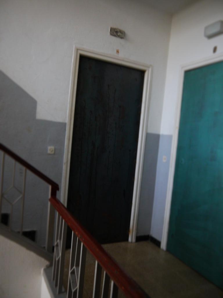 Piso en venta en Figueres, Girona, Calle Verge, 50.947 €, 3 habitaciones, 1 baño, 96 m2