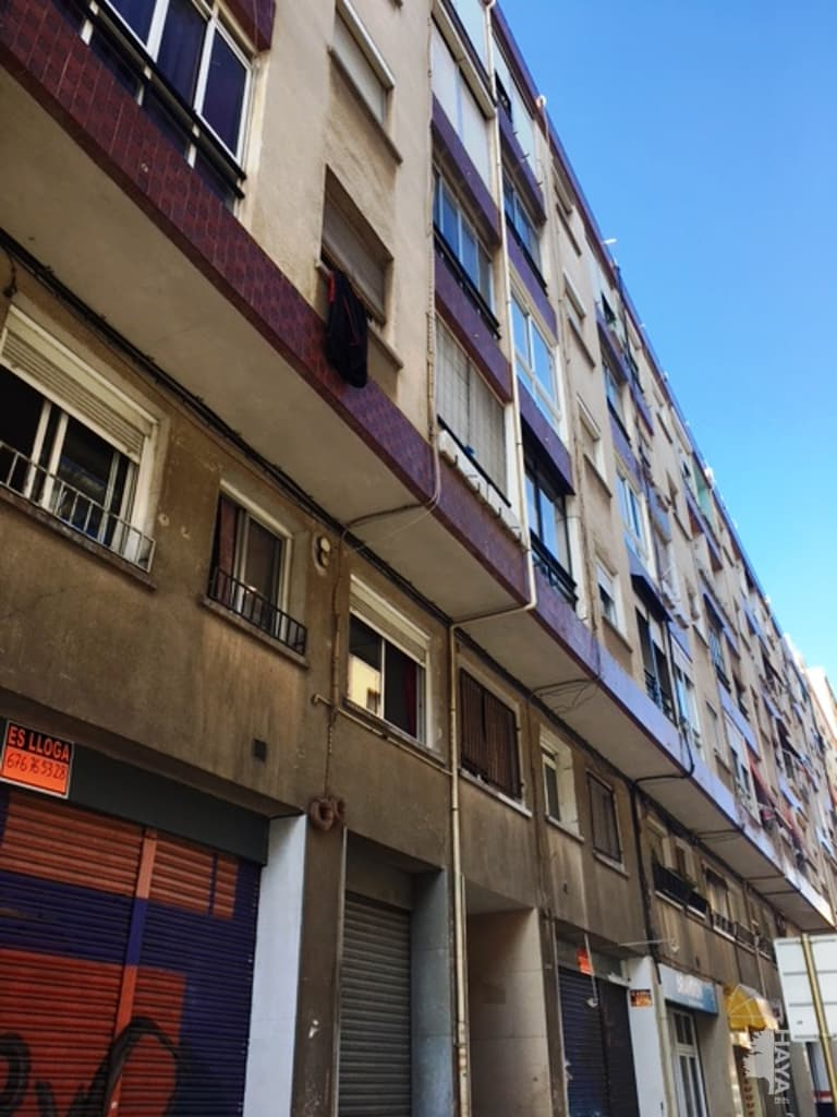 Piso en venta en Reus, Tarragona, Calle Escultor Rocamora, 39.500 €, 3 habitaciones, 1 baño, 70 m2