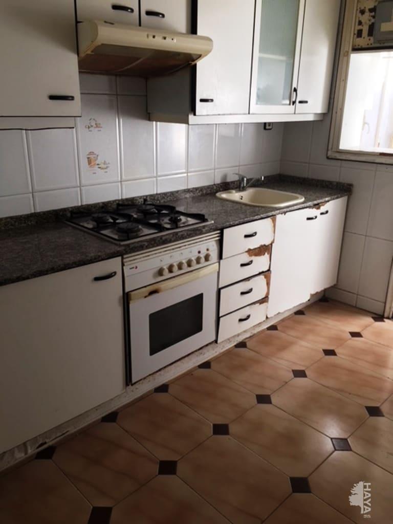 Piso en venta en Piso en Reus, Tarragona, 37.000 €, 3 habitaciones, 1 baño, 70 m2