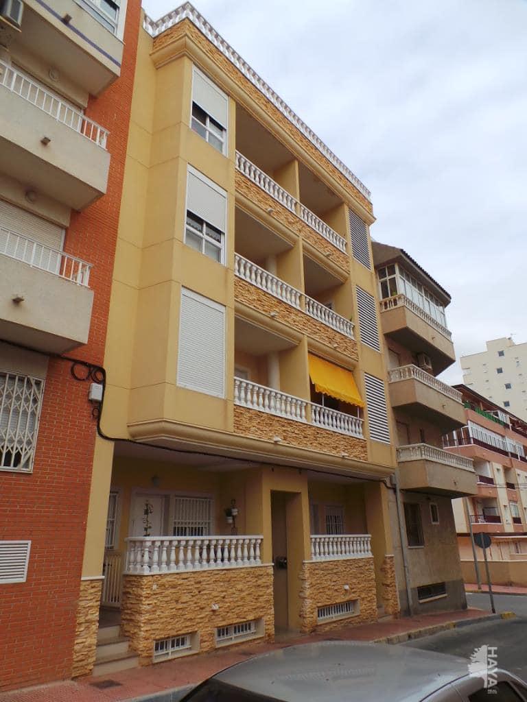 Piso en venta en Alicante/alacant, Alicante, Calle Rio Segura, 90.900 €, 3 habitaciones, 2 baños, 79 m2