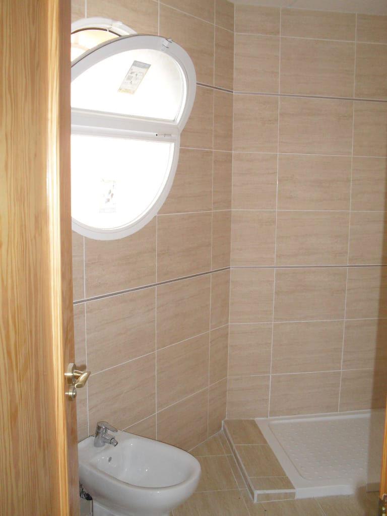 Piso en venta en Villena, Alicante, Calle José María Peman, 74.700 €, 3 habitaciones, 2 baños, 124 m2