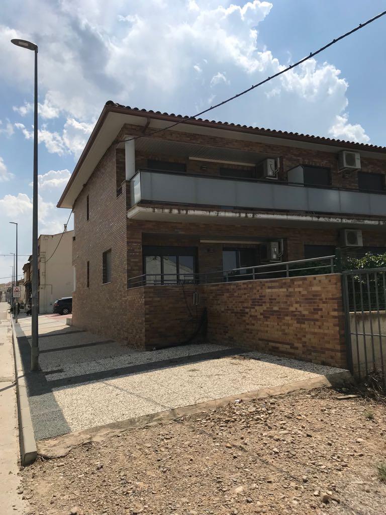 Casa en venta en Muel, Zaragoza, Avenida García Giménez, 135.000 €, 4 habitaciones, 2 baños, 196 m2