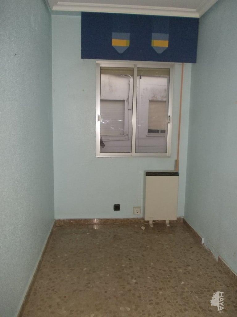 Piso en venta en Piso en Torredonjimeno, Jaén, 81.298 €, 4 habitaciones, 2 baños, 105 m2