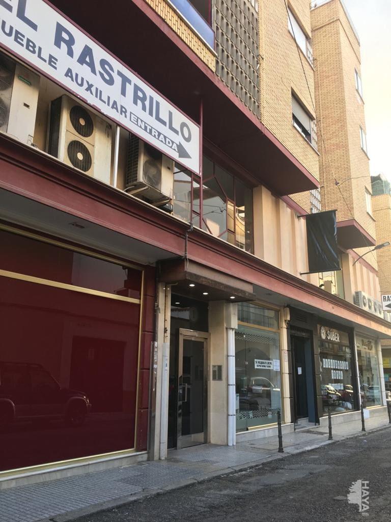 Piso en venta en Don Benito, Badajoz, Calle Alemania, 101.808 €, 4 habitaciones, 1 baño, 125 m2