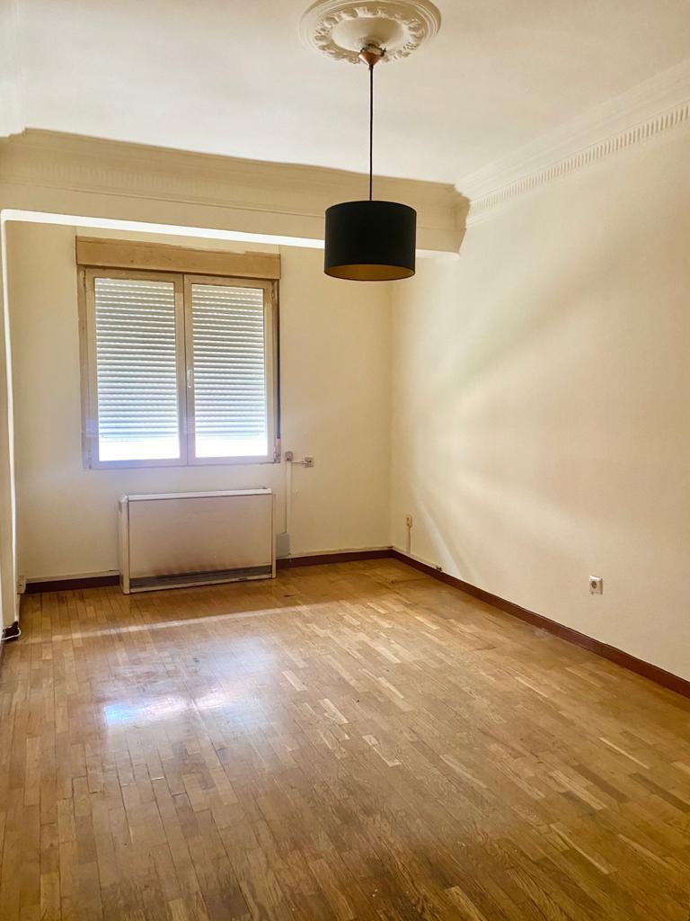 Piso en venta en Allende, Miranda de Ebro, Burgos, Calle Carlos Iii, 73.000 €, 3 habitaciones, 2 baños, 88 m2