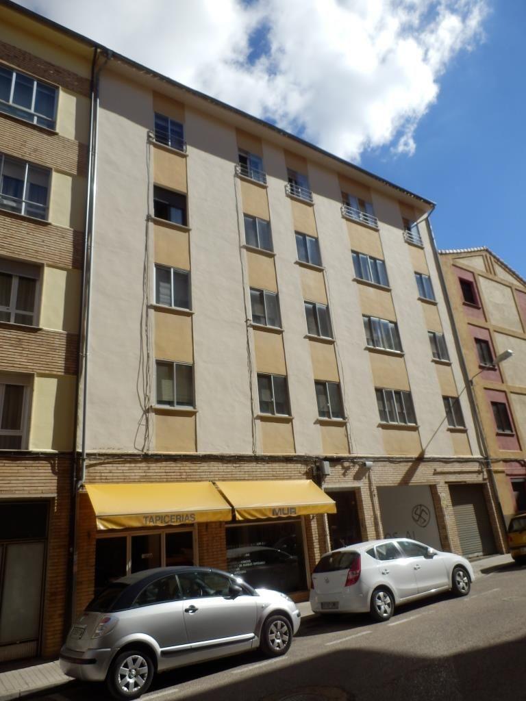 Piso en venta en Soria, Soria, Calle Avila, 79.900 €, 3 habitaciones, 1 baño, 110 m2