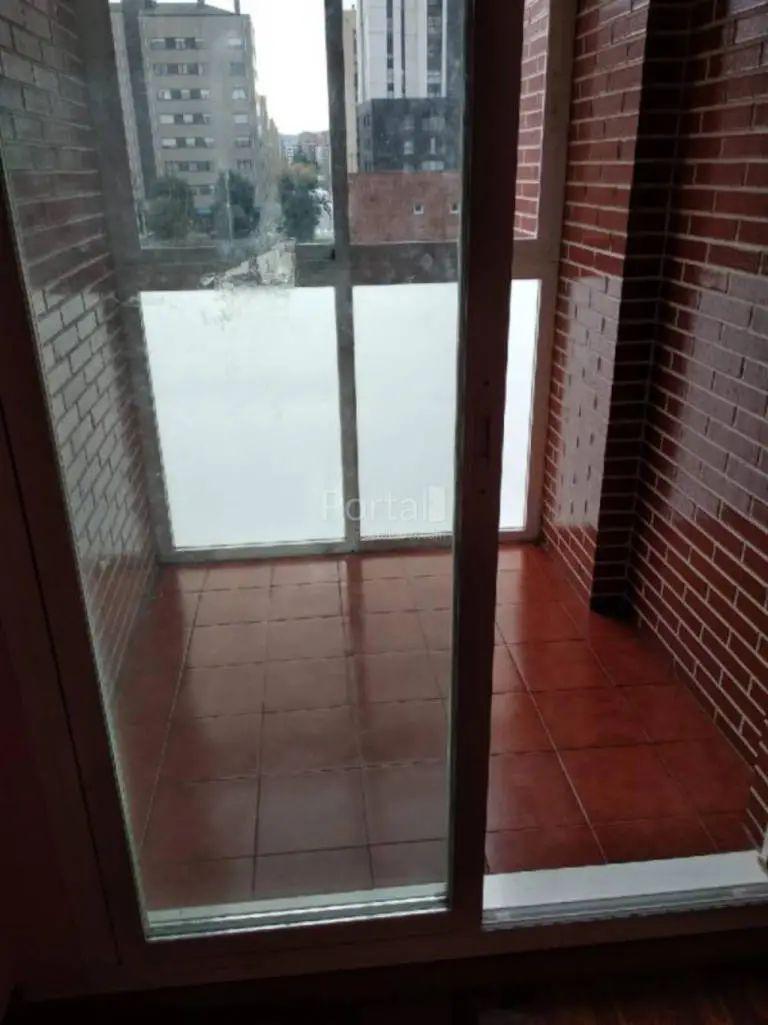 Piso en venta en Vitoria-gasteiz, Álava, Paseo Berlin, 269.000 €, 3 habitaciones, 1 baño, 108 m2