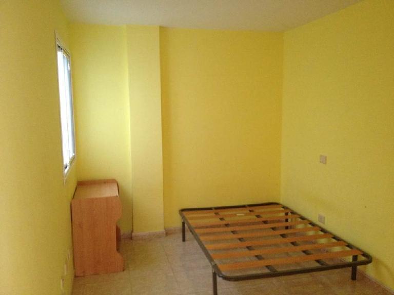 Piso en venta en El Doctoral, Santa Lucía de Tirajana, Las Palmas, Calle Santo Domingo, 82.000 €, 2 habitaciones, 1 baño, 82 m2